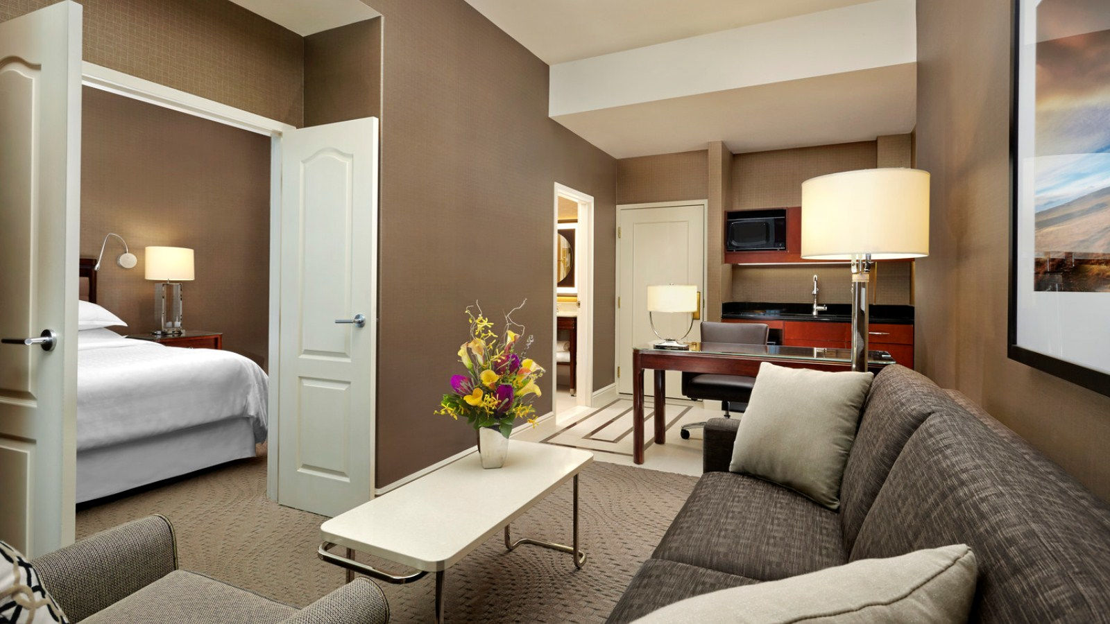 Club Two-Bedroom Suite