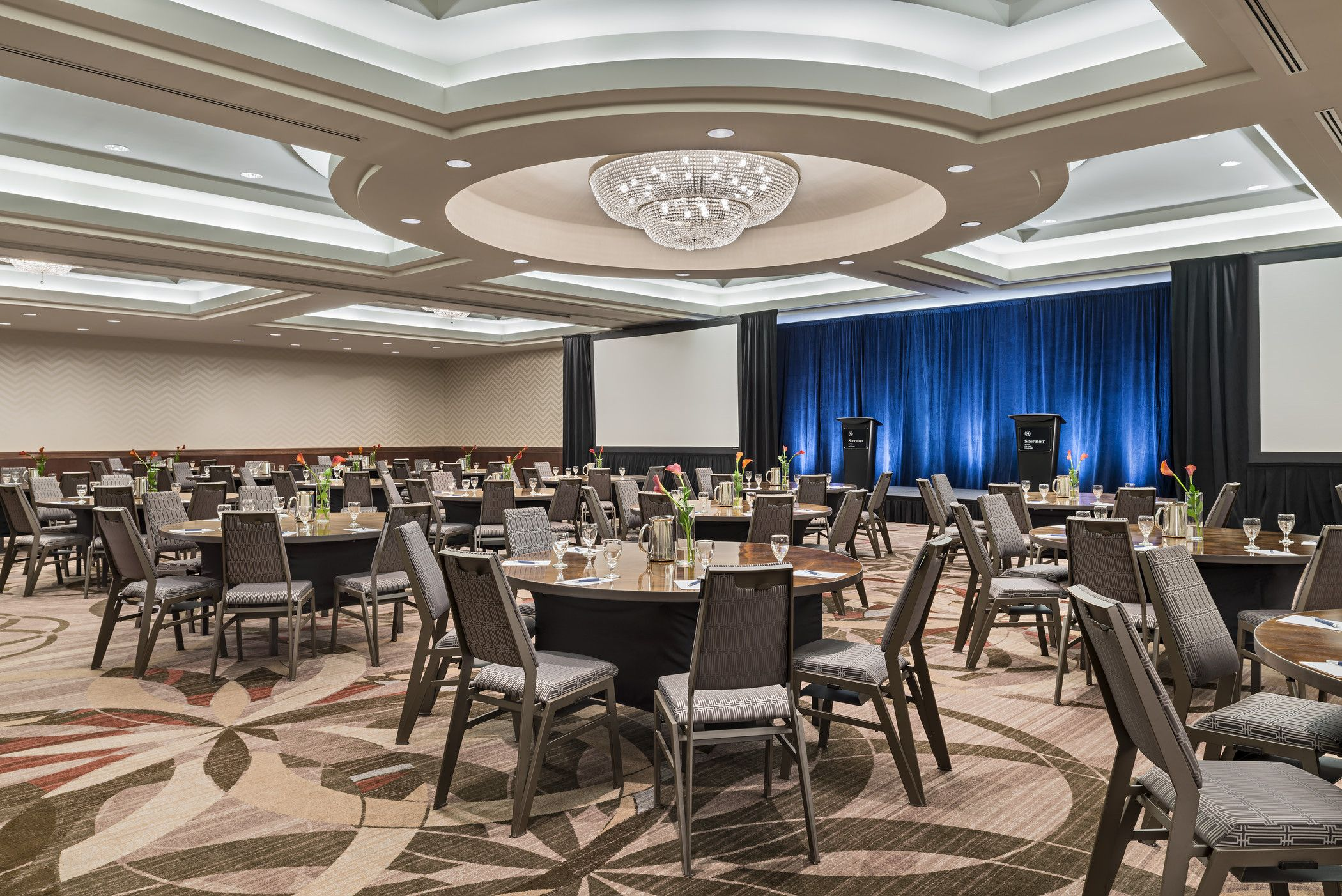 Calgary Meeting Space - Ballroom